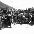 Kumpulan Geng Motor waktu pelantikan anggota baru :P notes: bukan geng motor beneran. photo ini diambil sewaktu camping di danau […]